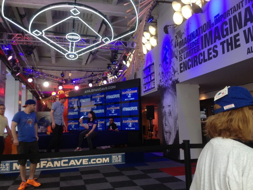 MLB-Fan-Cave-Contestants